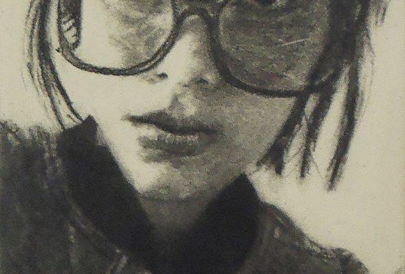 St · Carboncillo sobre papel · 15cm X 20cm · 2011